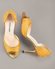 Raffia d'Orsay Pumps costs almost 600 dollars!