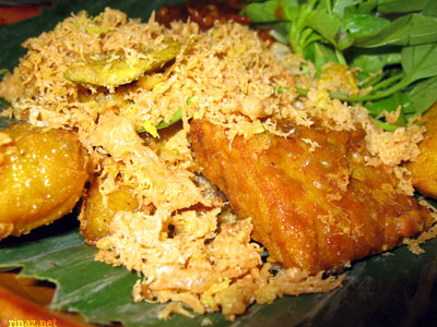 A picture of Ayam Penyet