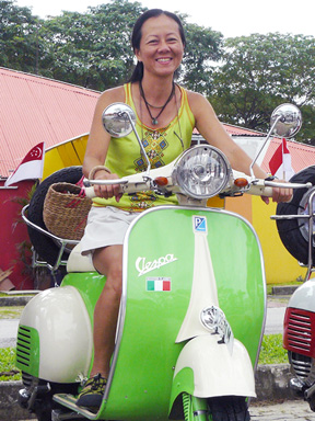 Green Scooter - Vivo Vespa 2007