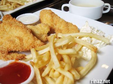 Fish and Chips, Mega Bites Cafe - NUS, Singapore