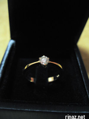Rinaz engagement ring