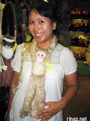 rinaz and monkey