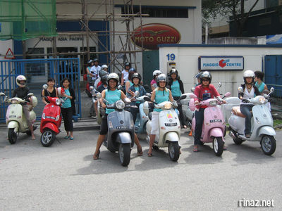 Ladies at the Vespa Ladies Ride 2008