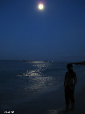 Rinaz admiring the full moon over Bintan Resort Lagoon