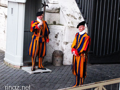 Swiss Guards at Piazza San Pietro
