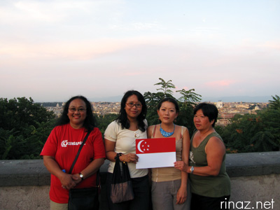 Singaporeans meet in Rome, 9 August 2009
