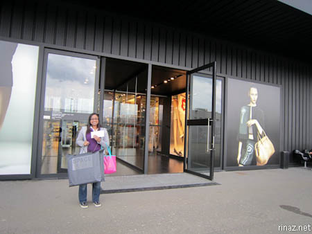 Visiting an outlet shop in Firenze | Marina\'s Bloggariffic