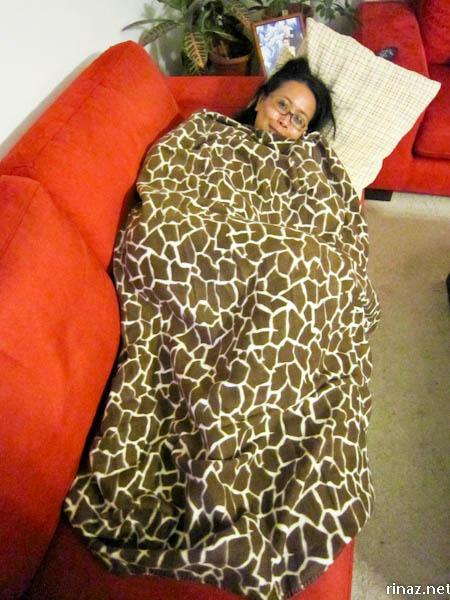 rinaz.net Giraffe Blanket
