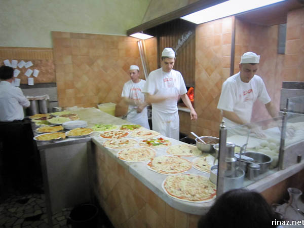 rinaz.net Pizzeria Ai Marmi, Rome Italy