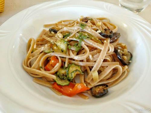 rinaz.net Ferragosto Fiumicino Lunch Vegan Italy Rome